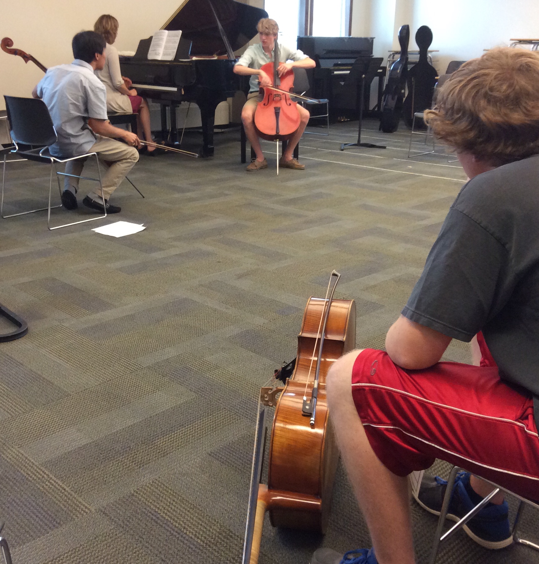 MMB master class with alumnus Tian Bonian with Tate, 16, from Coquitlam B.C.